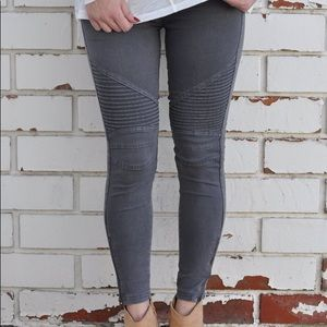 Pants - Gray Moto Jeggings